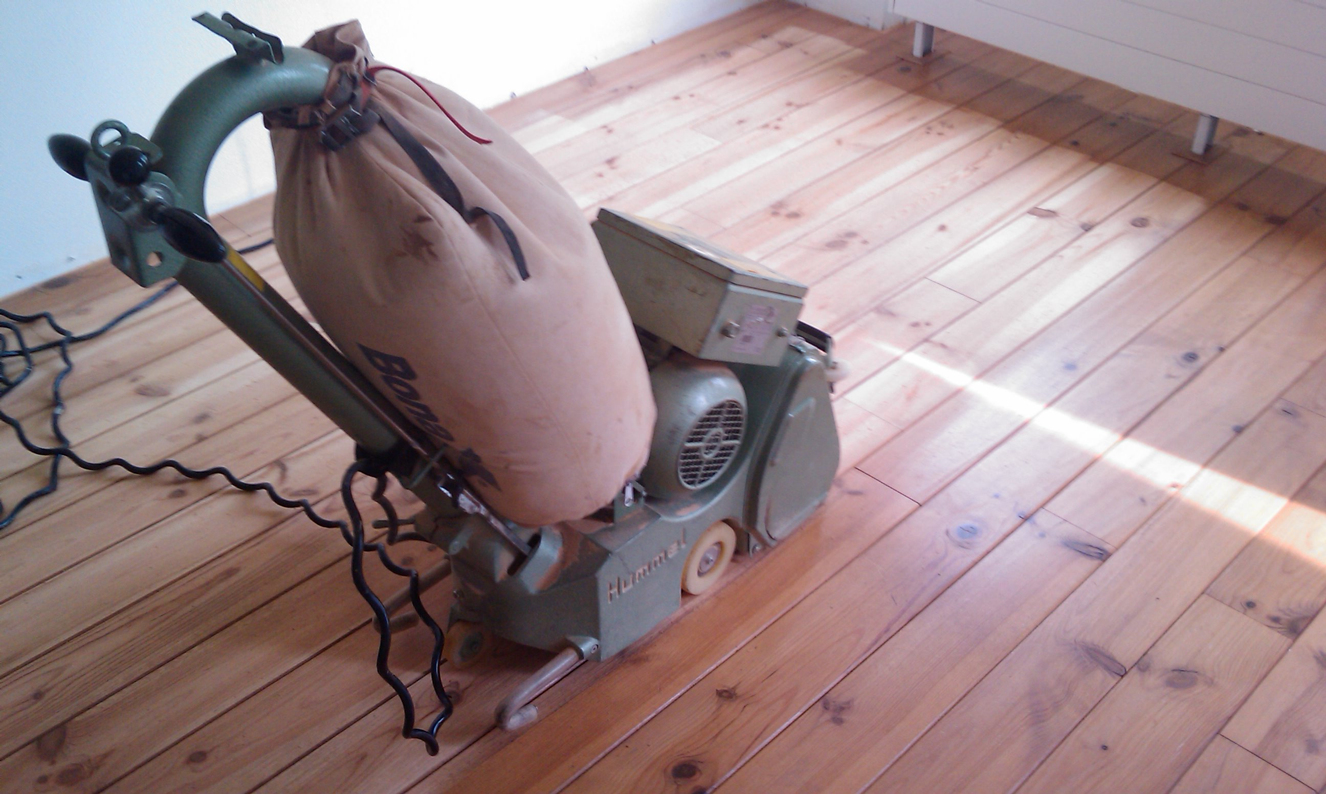 Parket renovatie : uw houten vloer weer mooi opgeknapt!
